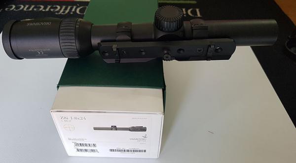 Ottica Swarovski Z8i1-8x24 usata compresa di attacchi